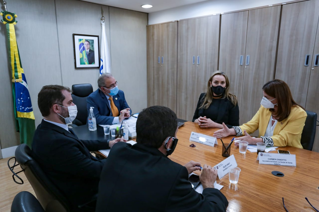 Governadora Daniela Reinehr participa de reunião com Ministro da Saúde, Marcelo Queiroga